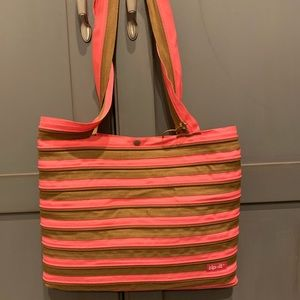 Handbags - Zip-it purse